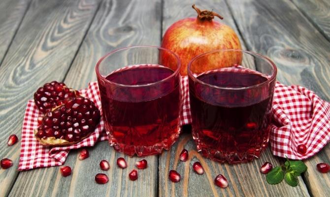 Ricetta Spritz al melograno - Ricette aperitivi analcolici ...