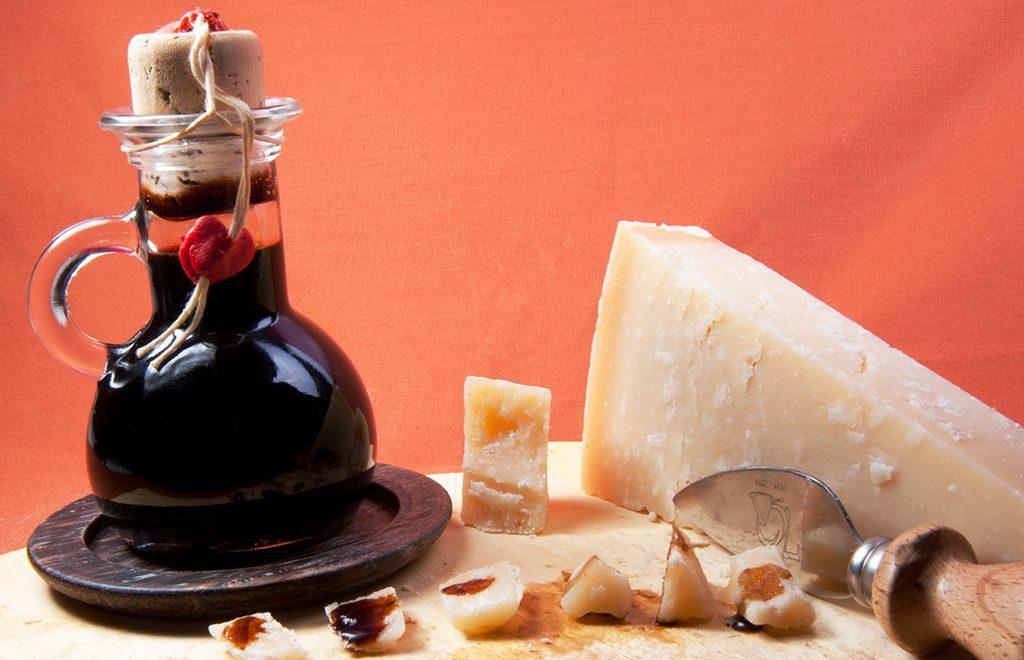 Aceto balsamico - Incucinaconte - Elenco ingredienti ricette cucina con aceto