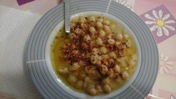 Ceci in bianco ricetta - Ricette ceci cucina Incucinaconte.it