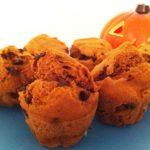 Muffin di zucca e cioccolato con profumo alla cannella ricetta - Ricette dolci