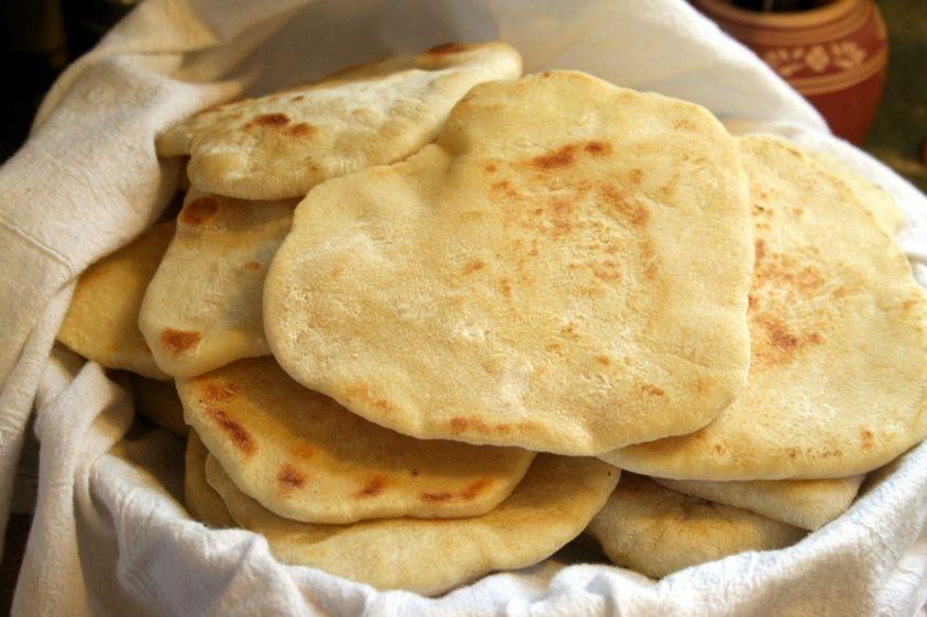 Pane azzimo elenco ingredienti ricette cucina con azzimo - Elenco utensili cucina ...