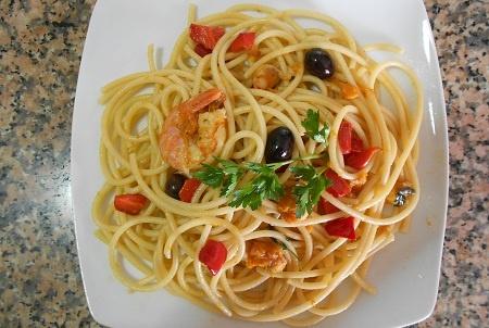 Pasta bucatini con zucca e gamberi - ricetta primo piatto - ricetta pesce