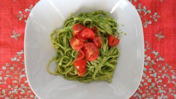 Ricetta Linguine al pesto e pomodorini - Ricette primi piatti InCucinaConTe.it