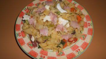 Tagliatelle al minestrone ricetta - InCucinaConTe.it