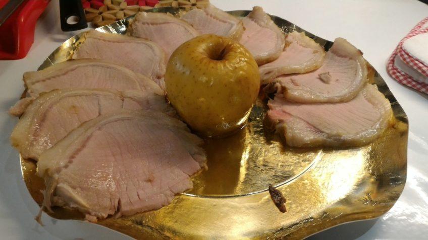 Carrè di maiale glassato con mele - Ricetta secondo carne - Ricetta Natale