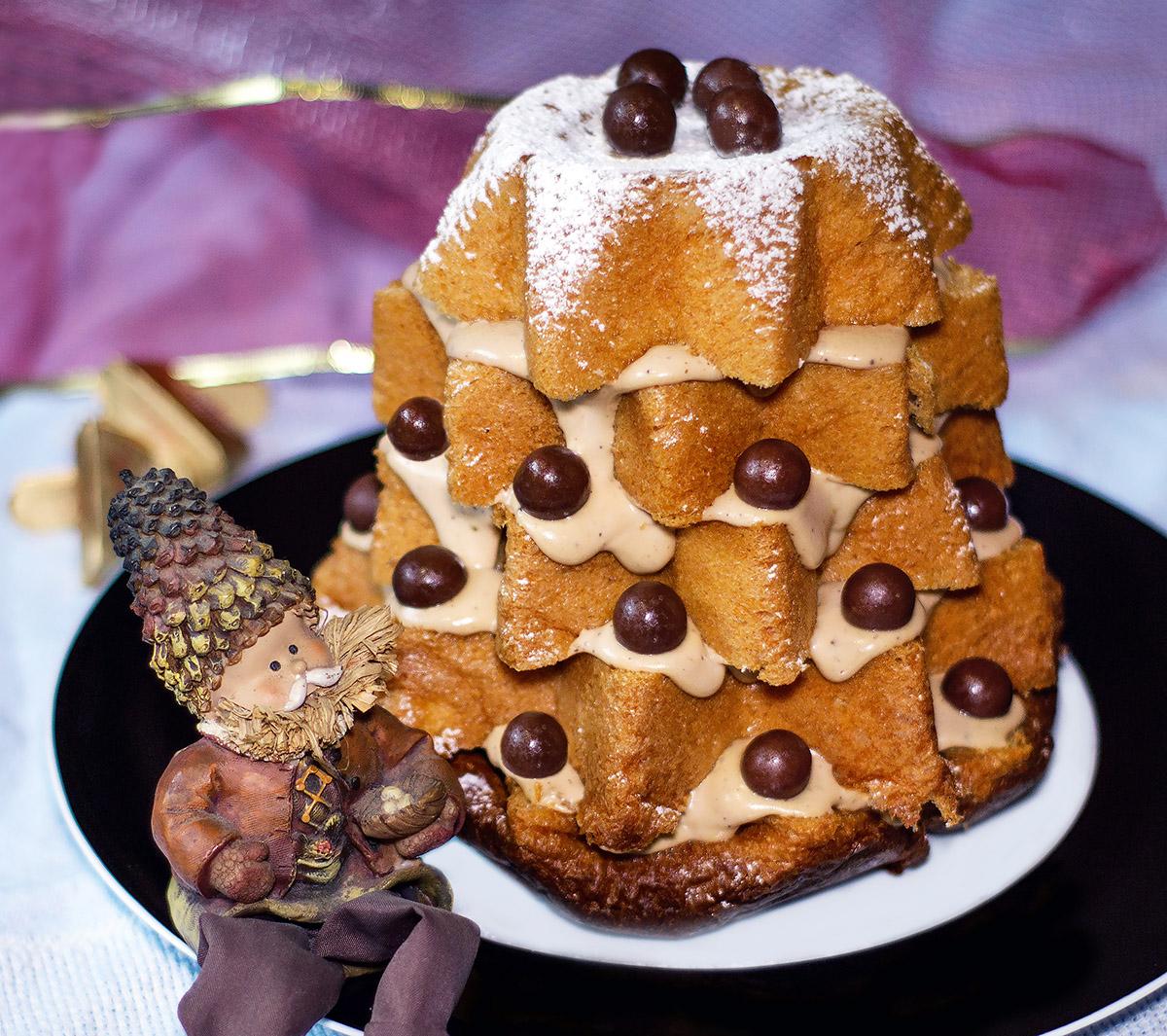 Pandoro con crema di mascarpone al gianduia ricetta pandoro Natale