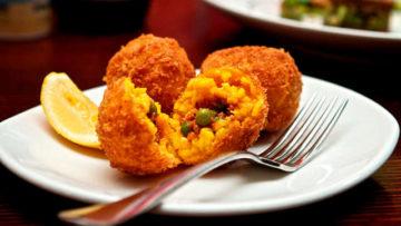Ricetta arancini di riso. Cucina siciliana - Ricette cucina italiana con riso