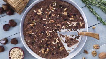 Castagnaccio toscano ricetta cucina dolce toscano