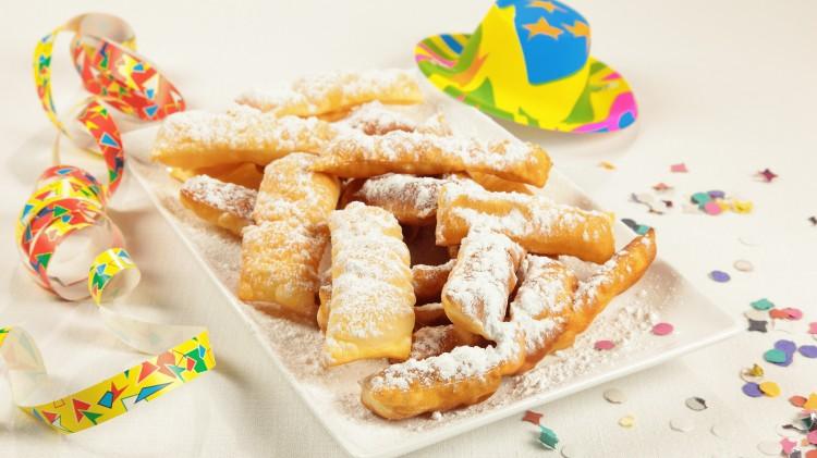 Frappe - Dolci tipici di Carnevale - Ricetta dolce frappe