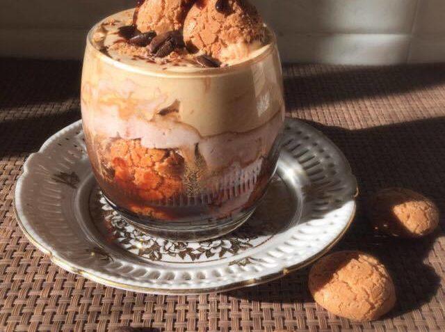Ricetta Cheesecake al cucchiaio con amaretti e caffè