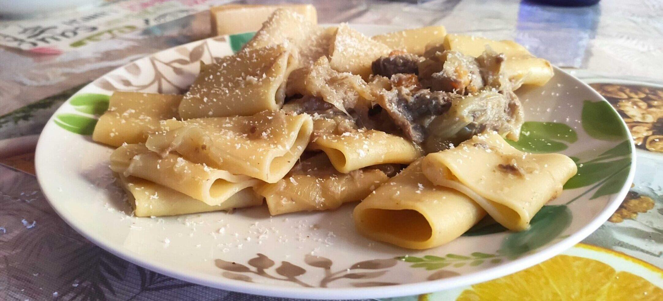 Paccheri alla genovese ricetta incucinaconte napoletana