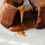 Tortini al cioccolato con cuore al caramello ricetta incucinaconte